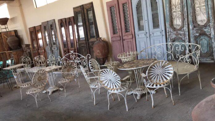 fer forge furniture
