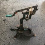 Clossing bottles machine, old authentic