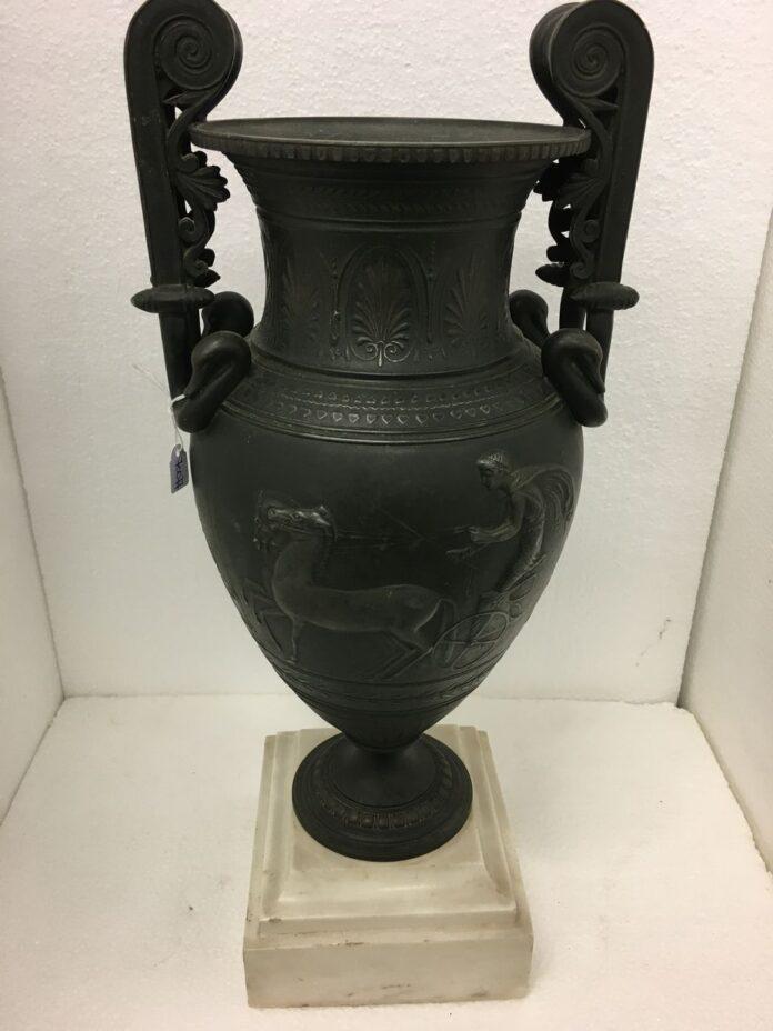 Altar, shrine, amphora, crater bronze vase sculpture