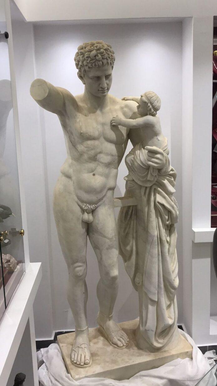 hermes greek statue