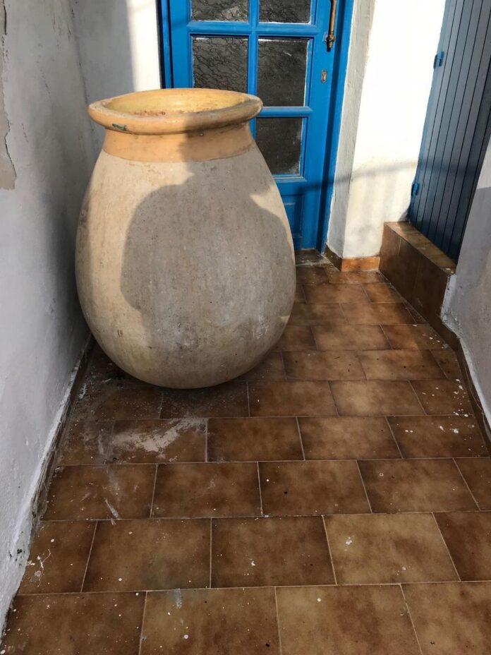 the biot jar